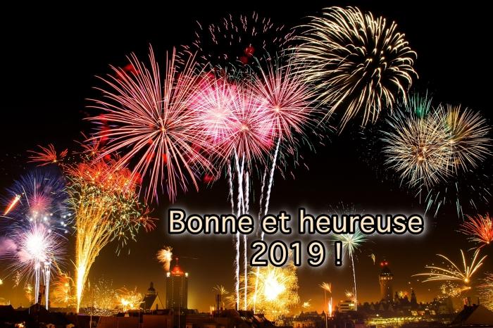 images bonne année 2019, photographie fête de nouvel an, célébration réveillon 2019 avec spectacle feux d'artifice