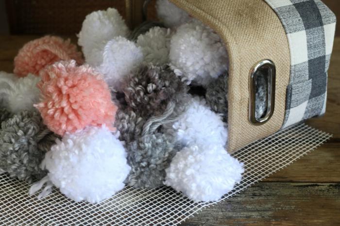 matériel pour la fabrication de tapis de pompons, toile à canevas pour tapis, panier en jute
