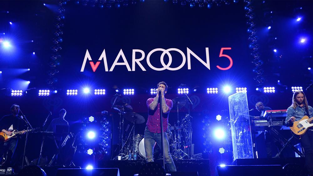 photo maroon 5 sur scène pour article sur son refus de conférence de presse pour le super bowl lIII 2019
