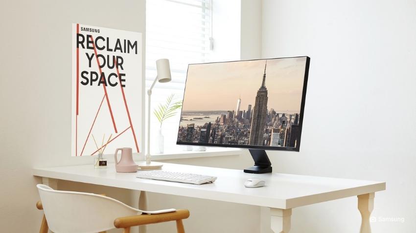 image d'illustration du nouvel écran space monitor de samsung avec son pied flexible gain de place