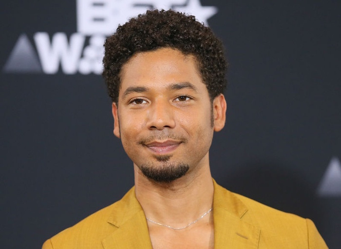 photo de l'acteur jussie smollett aux bet awards pour illustrer article sur son agression à chicago