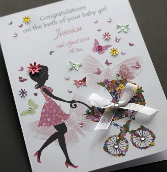 idée carte naissance diy, modèle carte en feuille blanche avec illustration mère et déco papillons et fleurs, carte naissance personnalisée