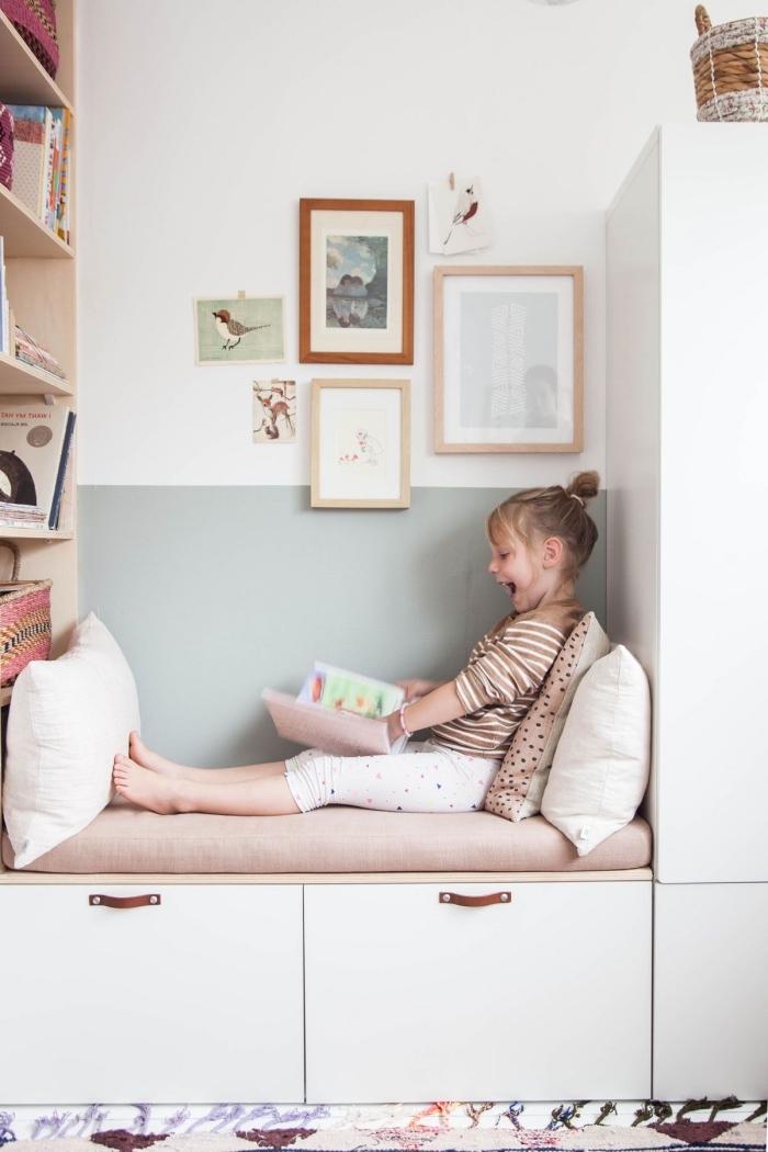 faire une banquette ikea en utilisant la structure d'un module de rangement besta, un placard et une étagère, créer son meuble besta pour la chambre d'enfant