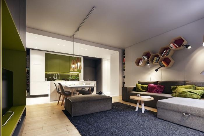 design intérieur style contemporain, modèle de salon blanc avec meuble et accessoires de tons verts et gris clair