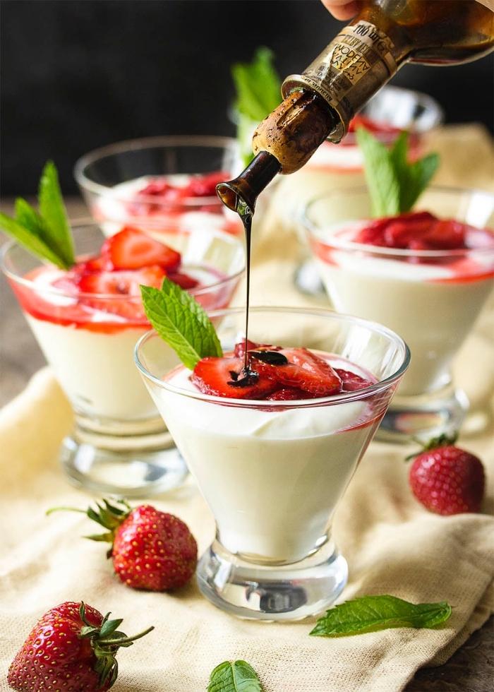 que faire avec du mascarpone, recette facile de verrine de mascarpone, fraise et vinaigre balsamique