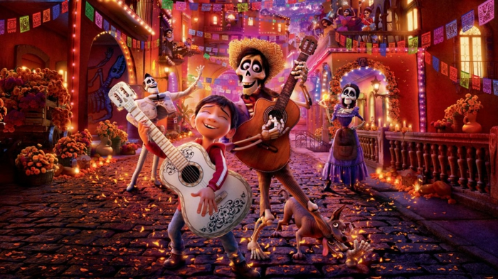 Coco et son ami qui jouent de la guitare, une histoire magique de Disney Plus
