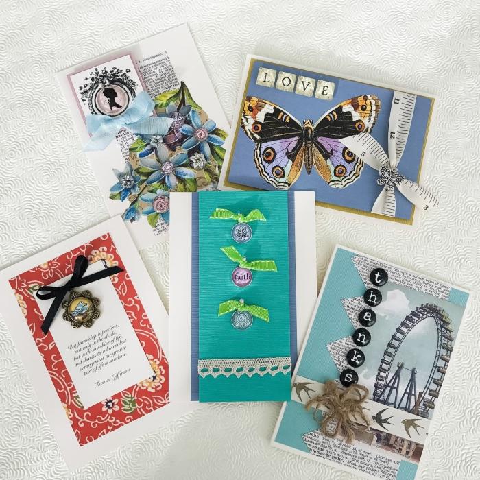 exemples de cartes DIY, technique de scrapbooking pour fabriquer des cartes, papier cartonné de couleur et embellissements scrap