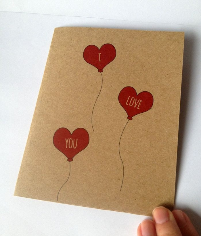 idée de ballons en forme de coeur dessin en rouge sur papier kraft simple, idée saint valentin, carte a faire soi meme