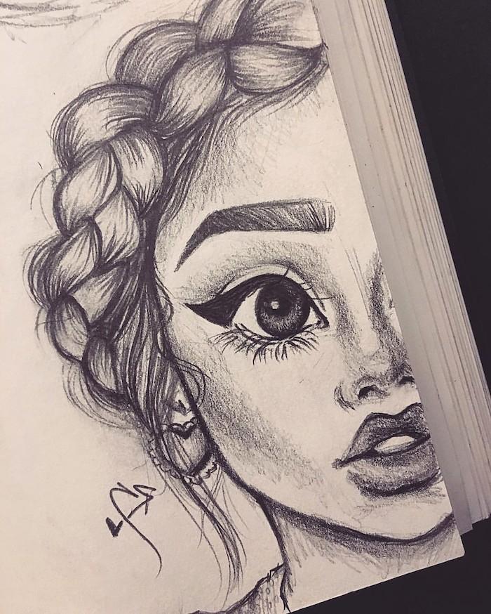 dessin graphique de petite fille aux gros yeux et jolis traits de visage, couronne de tresse, dessin facile a reproduire par etape