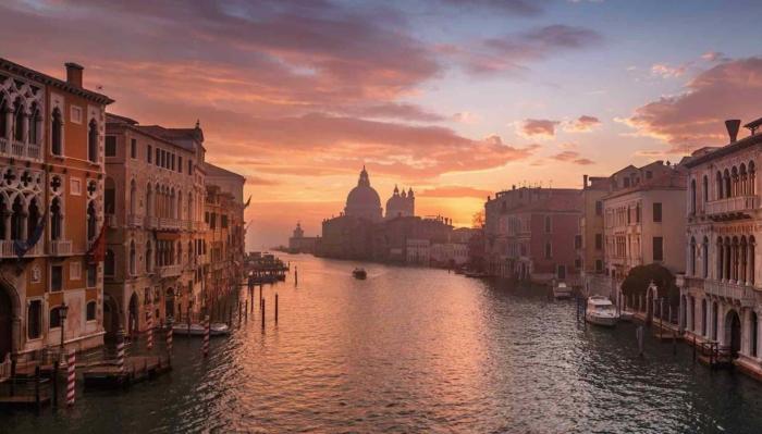 Venise au coucher du soleil, image belles couleurs, envoyer à son amour une photo, utiliser sur les réseaux sociaux