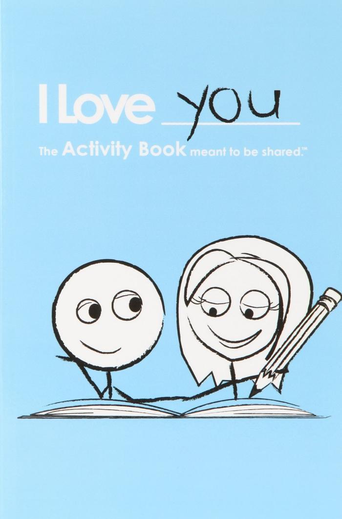 exemple de cadeau saint valentin couple original, cadeau amusant pour Saint Valentin, cahier d'activité pour deux