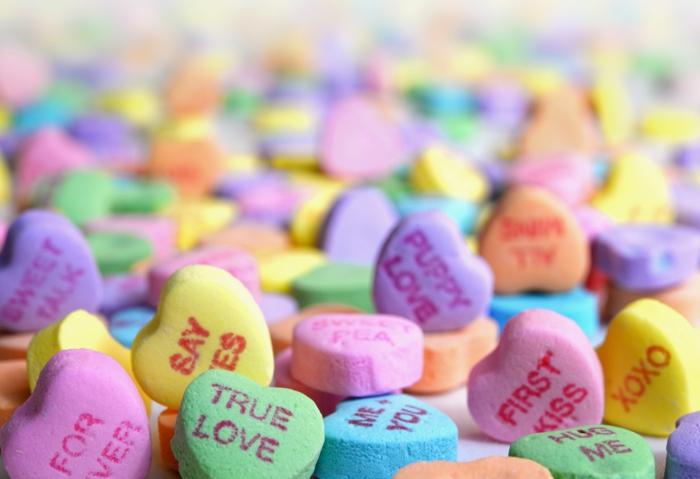 Bonbons coeurs pour saint valentin, belle image d'amour, image st valentin idée que offrir a son copain