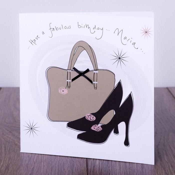 exemple de carte anniversaire pour femme, DIY carte facile aux motifs fashionista, modèle carte faite maison facile