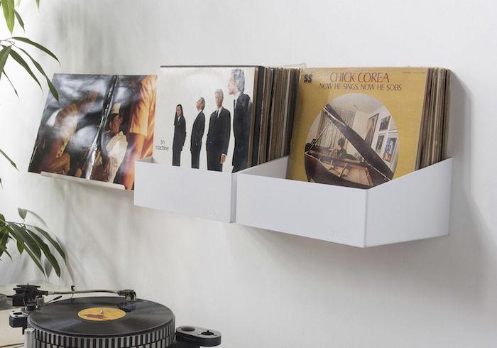 support mural vinyle blanc type rangement vinyles pour décoration murale avec disques 33 tours