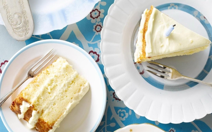gateau mascarpone et citron à base de génoise moelleuse nappé de crème mascarpone et citron