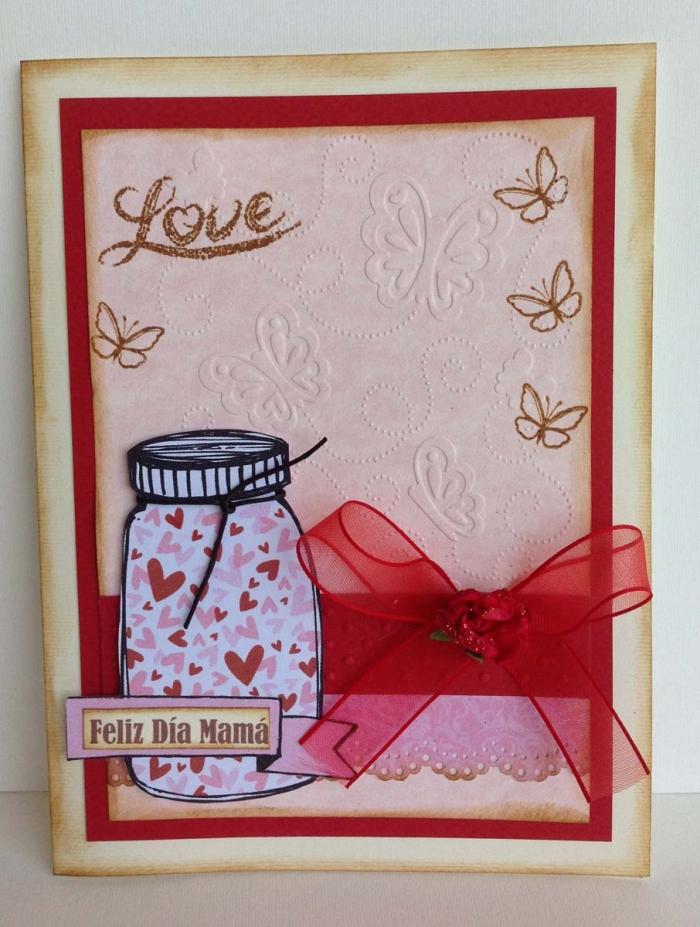diy carte pour la fête des mères, exemple comment réaliser une jolie carte d'amour pour maman, carte rouge diy