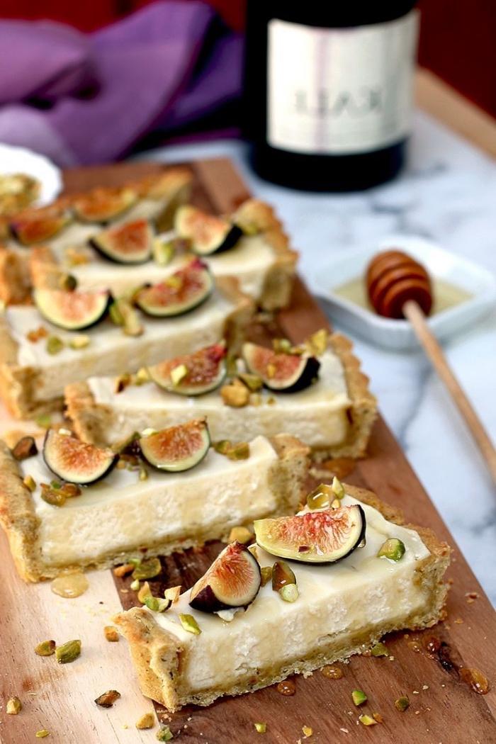 creme mascarpone pour gateau, tarte aux figues et au mascarpone sur une base de pâte sablée à la pistache