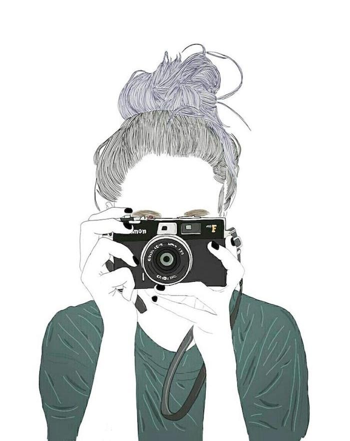 fille photographe qui prend une photo avec son appareil photo, cheveux attachés en chignon flou et tee shirt vert, dessin femme créatif