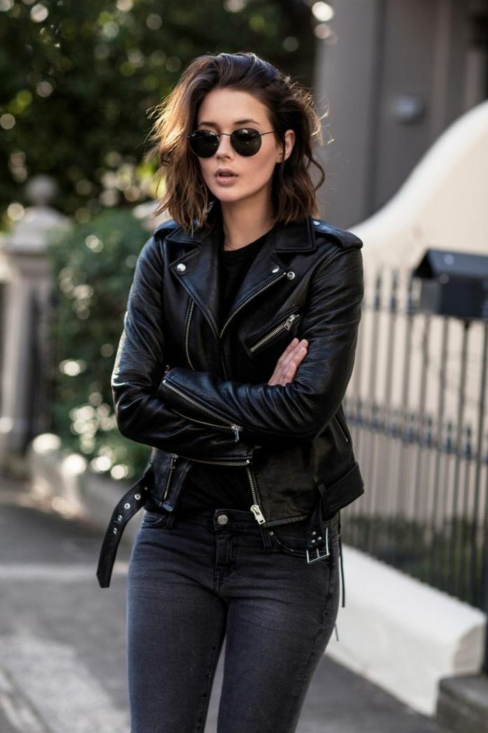 Rock tenue postbad, photo tumblr fille, les meilleures idées tenue décontracté chic tout en noir avec une veste moto