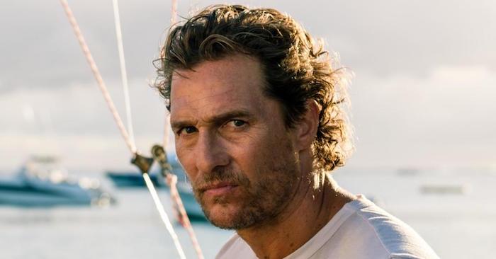 photo de Matthew McConaughey pêcheur de thon dans le film serenity en confilt avec la société aviron