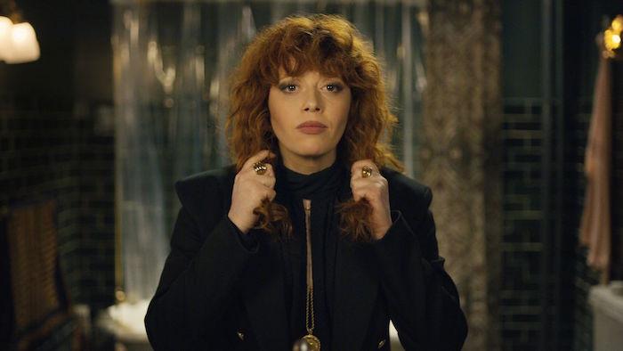 image Natasha lyonne dans le rôle de Nadia dans la série poupée russe sur Netflix russian doll