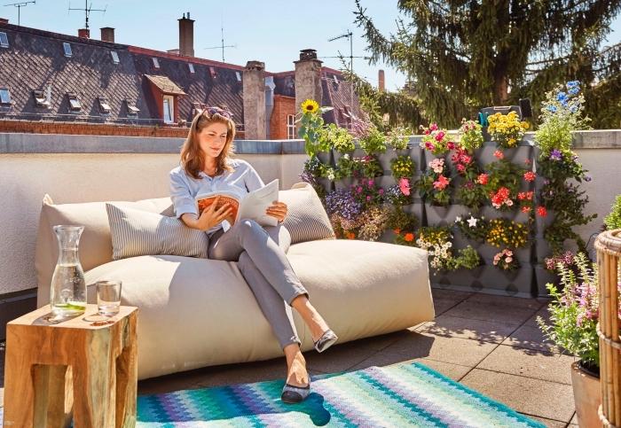 jardiniere balcon modulaire pour créer son propre mur végétal, aménagement d'un petit balcon fleuri