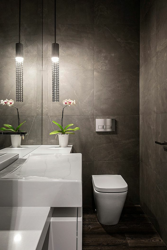toilettes en gris et blanc, vasque blanche, pot de fleur blanc, wc blanc, orchidée en pot, vasque blanche