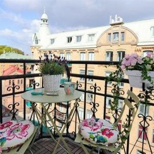 Concevoir et aménager un balcon étroit - les meilleurs conseils