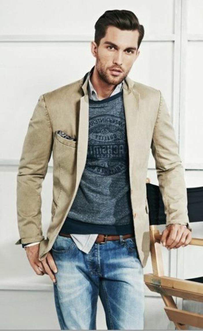 comment porter une blouse sportive avec blazer, exemple de tenue chic et décontracté avec jeans et blazer