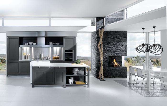 intérieur stylé et contemporain dans une cuisine ouverte avec salle à manger, modèle cuisine blanche avec armoires gris foncé