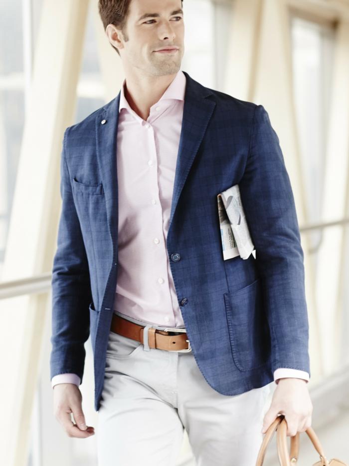 style vestimentaire homme professionnel, idée quelles couleurs associer pour une tenue chic, accessoires en cuir marron pour homme