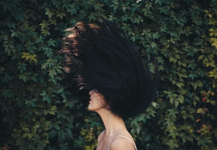 soins beauté pour cheveux sains, traitement avec kératine pour cheveux souples, comment lisser ses cheveux