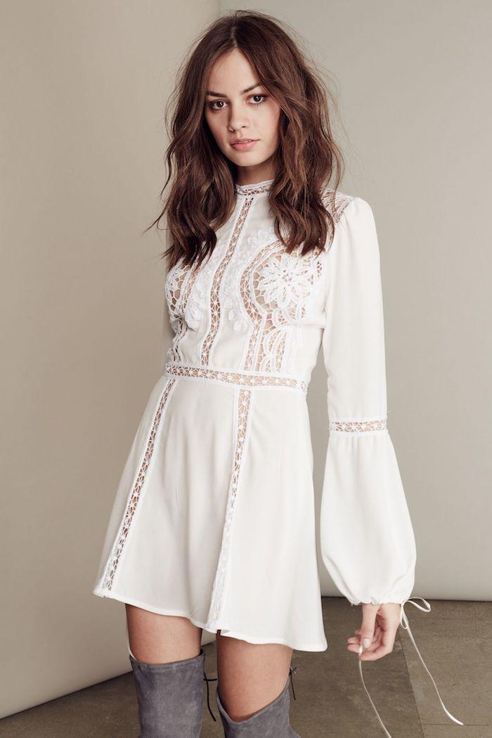 Robe champetre, robe courte ete, style vestimentaire moderne boho, robe courte manche longue, tenue avec cuissardes