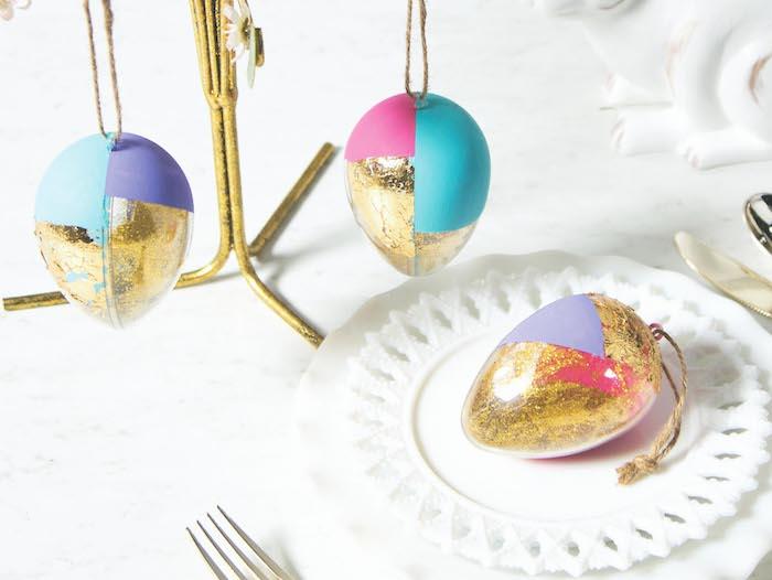 Moderne décoration de Pâques avec oeufs dorés, belles images de paques photo de paques pour la famille