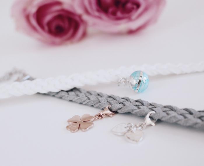 bracelet diy gris avec embellissements, bijou fait main avec technique de tressage, modèle de bracelet tressé avec coeurs