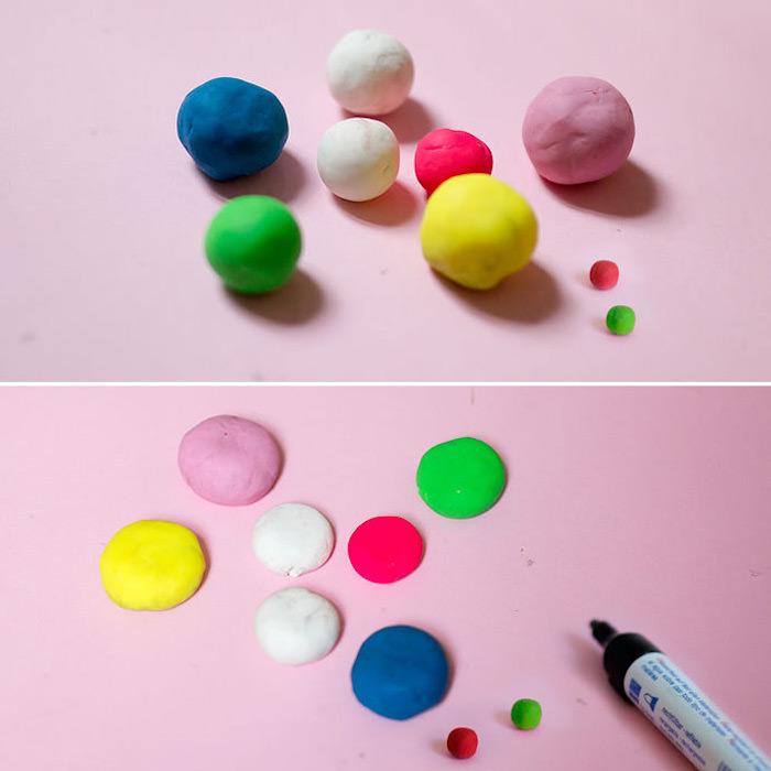 faire le centre d une fleur en pate a modeler en boules écrasées, activité manuelle facile et rapide pour faire une fleur