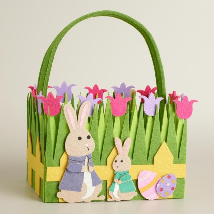 idée bricolage paques facile à faire avec les enfants, découpez des figurines tulipes et lapins de papier feutre