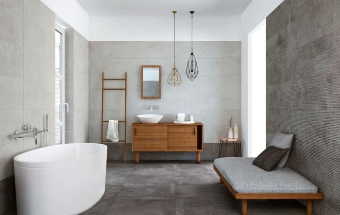 suspension luminaire pour salle de bain, meubles bas salle de bain en bois marron, idée rangement échelle bois