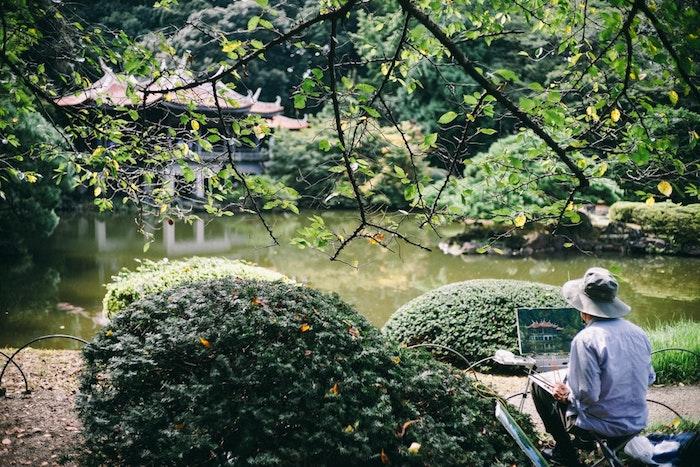 Homme qui dessin paysage japonais fond d'écran fond ecran nature, belle photographie jardin Tokyo