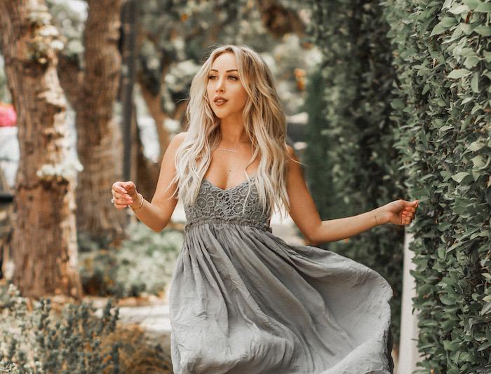 Vêtements modernes au style hippie, robe champetre vert, robe dentelle soirée qui peut être utilisé comme robe décontractée