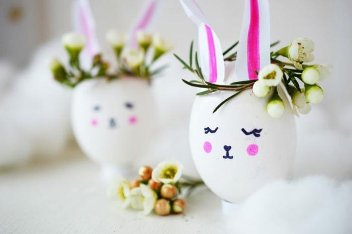 lapins d'oeufs blancs, oreilles collées, décoration d'oeufs, couronne de fleurs blanches