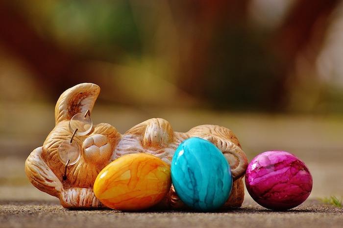 Joyeuses paques, images belle image de pâques fond d écran printemps, lapin endormi avec les oeufs