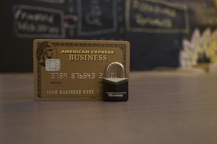 quel est le futur de paiement mobil, carte american expresse contre master card