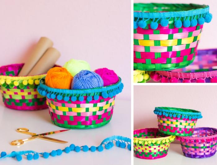 exemple comment customiser un panier tressé avec mini pompons, activité manuelle de pâques, bricolage de paques facile