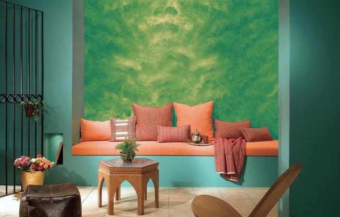 idée quelle peinture a effet pour un salon de style exotique, design intérieur moderne avec mur à effet vert sablé