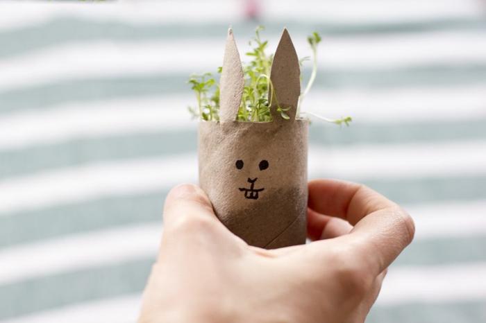 panier de pâques lapin, decoration paques facile, activité de paques amusante, decoration de table pour paques