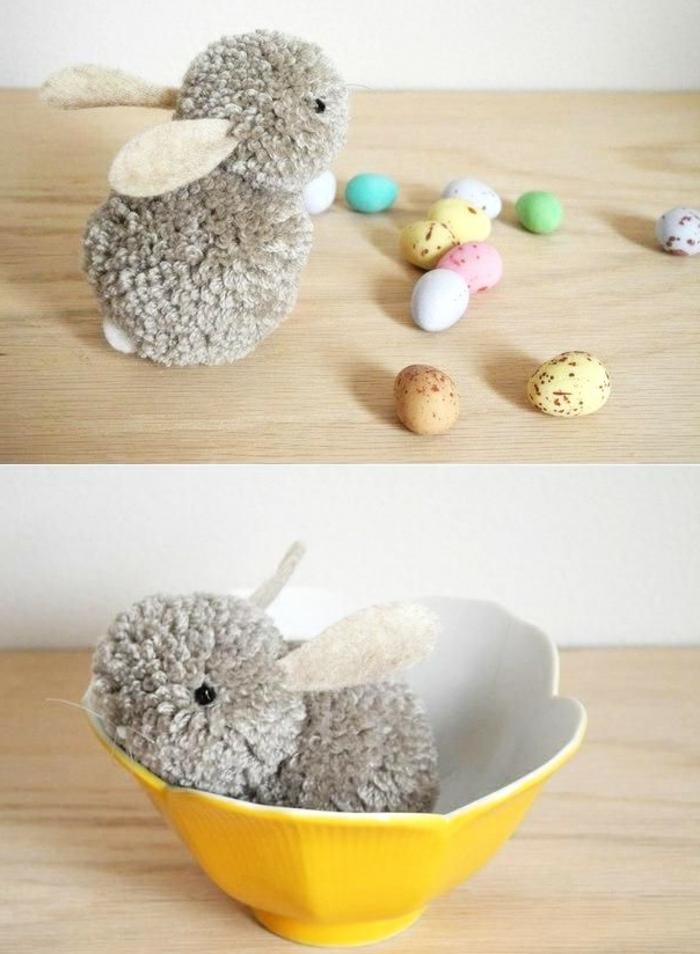 lapin gris en deux pompons, decoration de paques facile et musante, activité manuelle paques