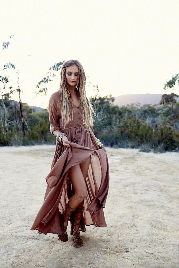 Longue robe féerique avec manches longues, robe hippie chic, robe longue ete, comment adopter le style bohème chic