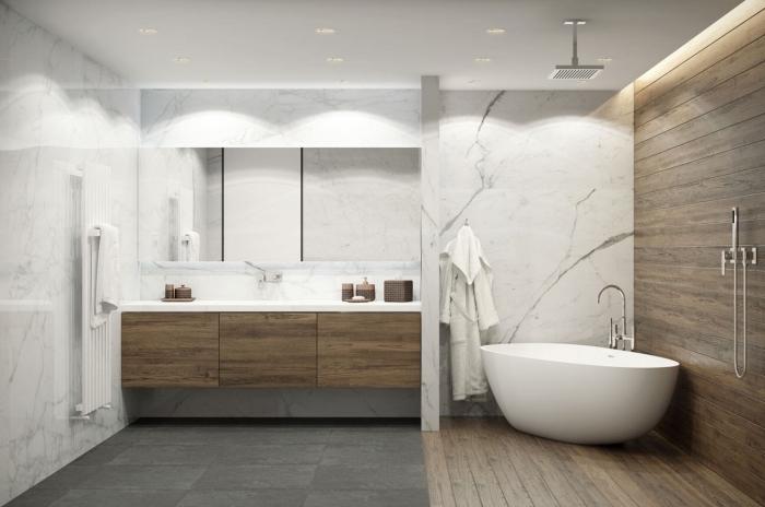 comment intégrer le bois dans une salle de bain contemporaine, agencement salle de bain avec douche et baignoire autoportante