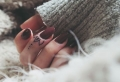 Tatouage doigt : plus de 70 motifs et leurs significations
